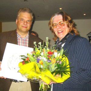 Goldene Ehrennadel für die Schriftstellerin Elisabeth Graul